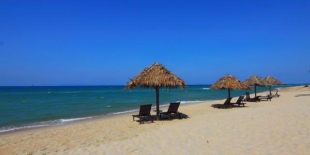 Urlaub billig reisen Luxus Karibik Traumstrand geniessen